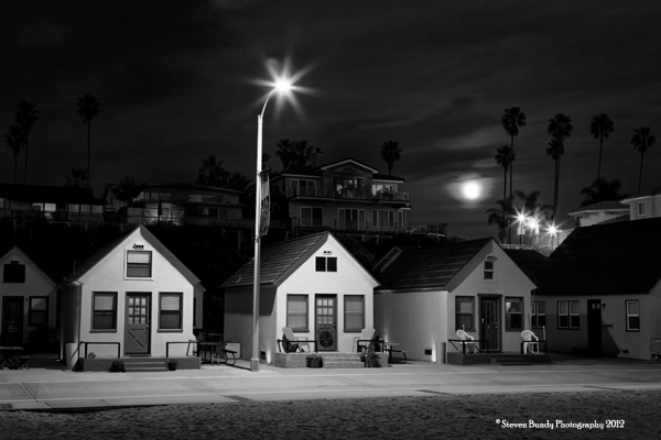 3 cottages andd the moon