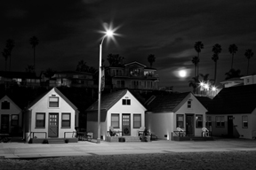 3 cottages and the moon