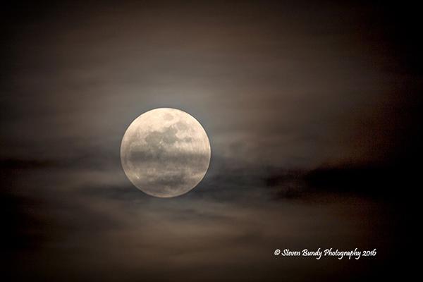 Wolf Moon – Taos, NM – 2016
